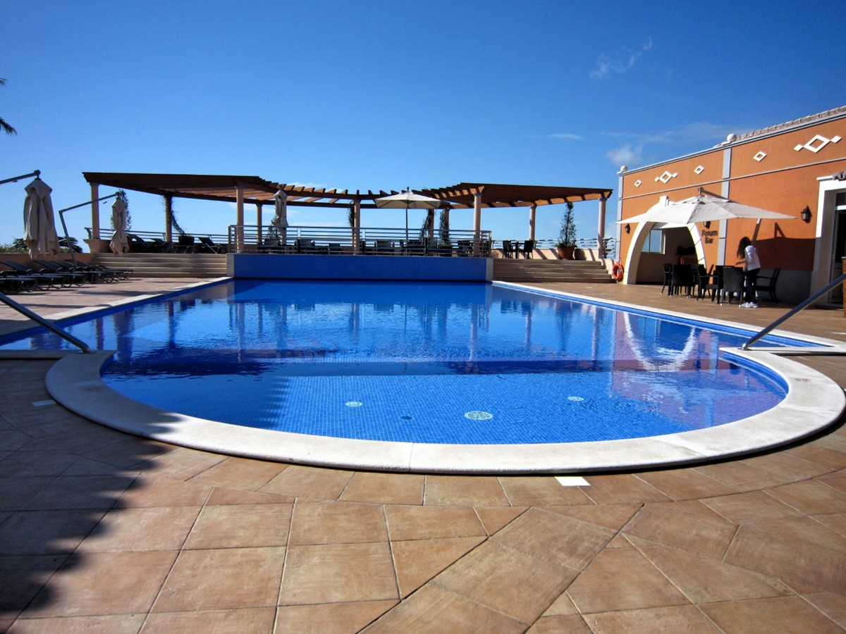 21 MHRD Casa Bela Vista Palheiro Village Pool