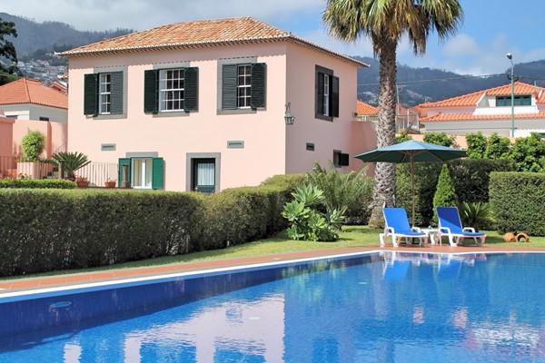 1 MHRD Casa Da Achada Exterior And Pool