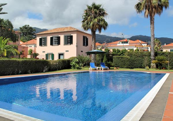 Our Madeira Cottages in Madeira with Pool - Casa da Achada