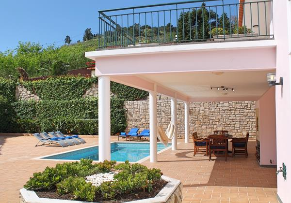 Our Madeira - Villas in Funchal with Private Pool - Casa Petronella