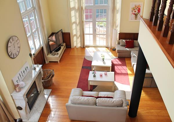 7 MHRD Casa Petronella Lounge Area