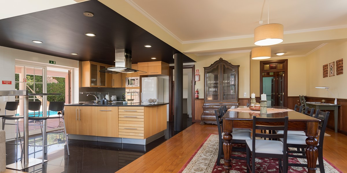 8 MHRD Casa Petronella Dining And Kitchen 2