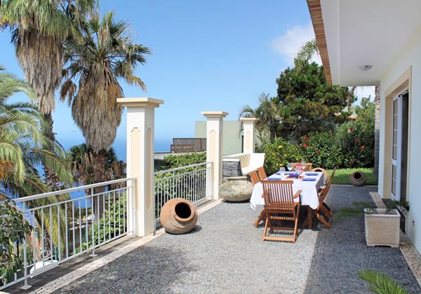 1 MHRD Casa Das Neves Ext Front Terrace 2