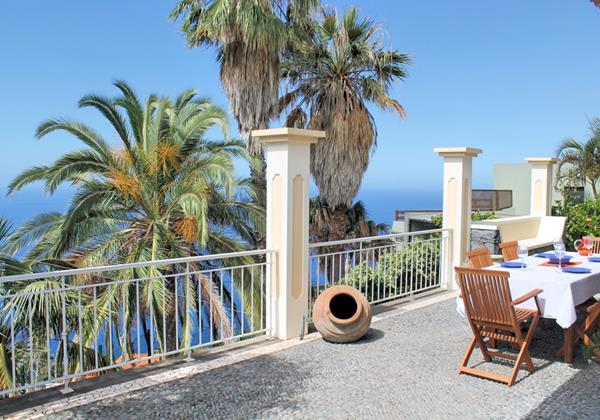 Our Madeira-  Casa Das Neves Ext Front Terrace