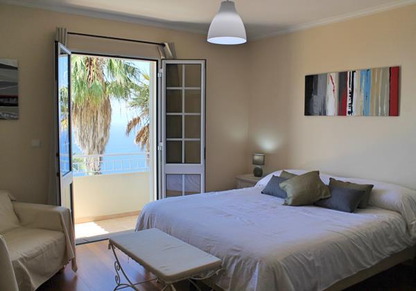 15 MHRD Casa Das Neves Bedroom Master 2
