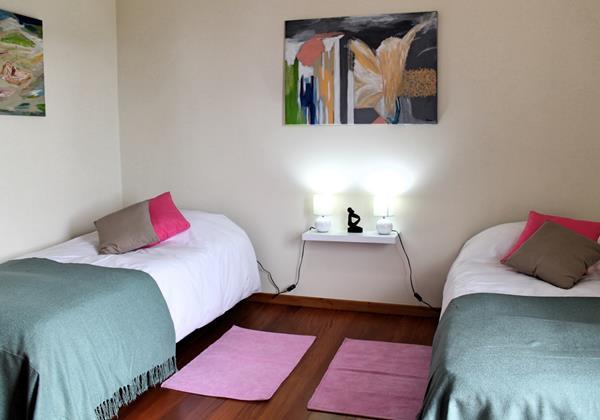 18 MHRD Casa Das Neves Bedroom Twin