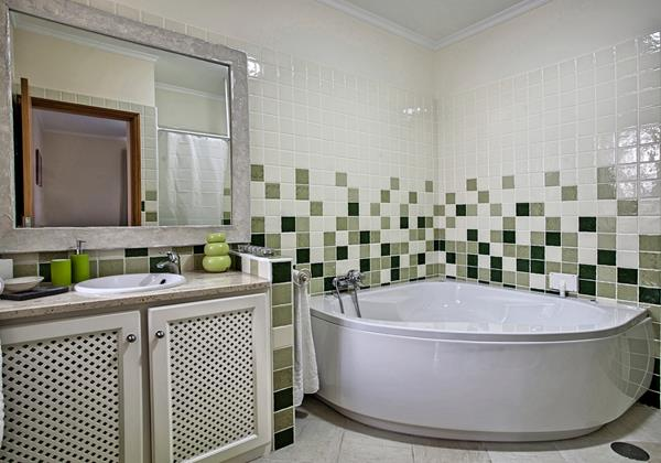 19 MHRD Casa Das Neves BR Bathroom En Suite