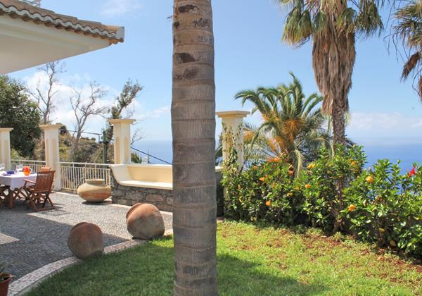 Our Madeira Villas in Madeira with Garden - Casa Das Neves Garden