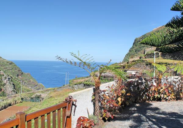 Our Madeira Character Houses in Madeira - Casa De Campo Garden And View