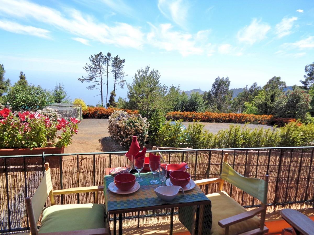 1 MHRD Escapada Dos Cavaleiros Casa Paddock Terrace And View