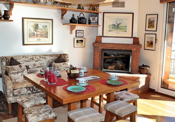 5 MHRD Escapada Dos Cavaleiros Casa Paddock Dining Area