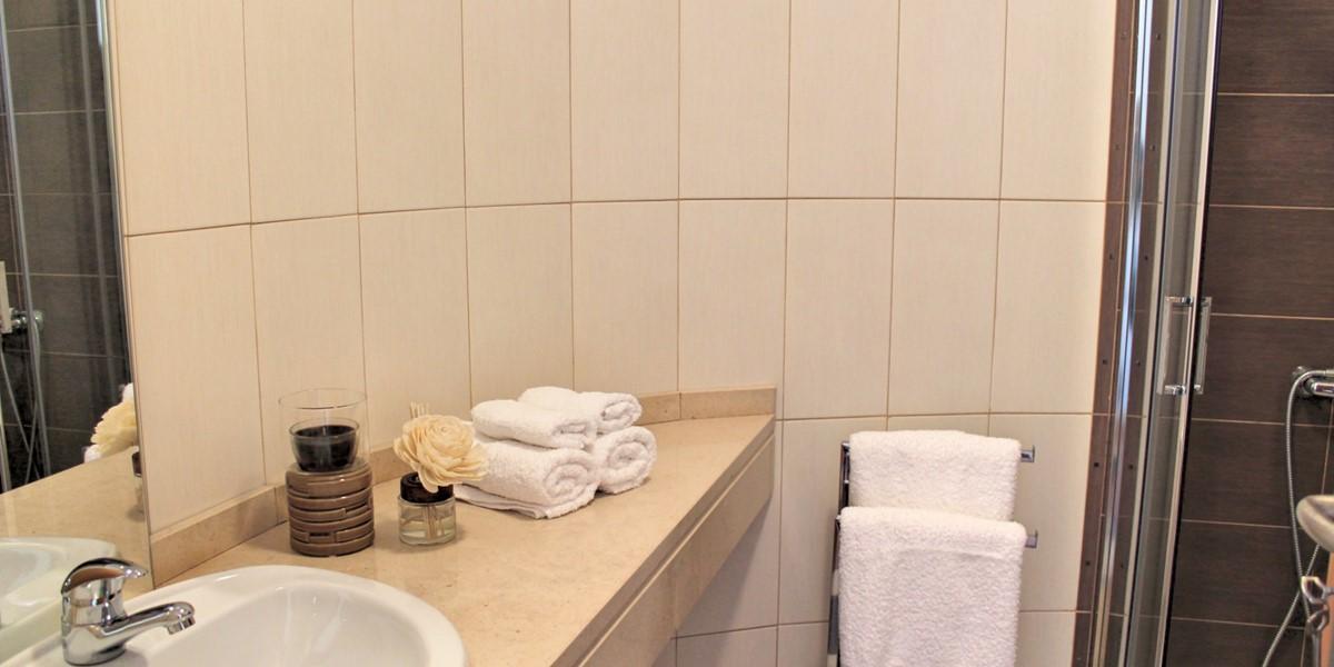 14 MHRD Casa Vigia Mar Bathroom En Suite To Master