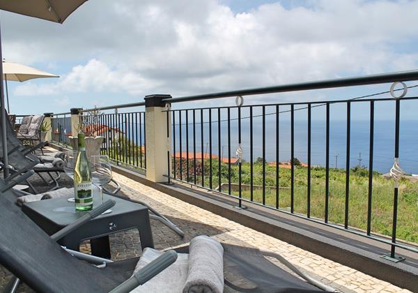 2 MHRD Casa Vista Bela Front Terrace 3