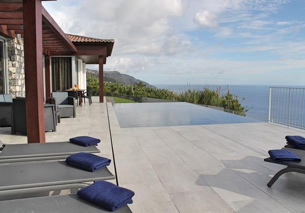 4 MHRD Cliffscape Exterior Pool And View