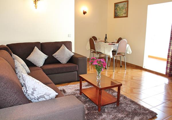 4 MHRD Dinis Country Apartment Living Area 1