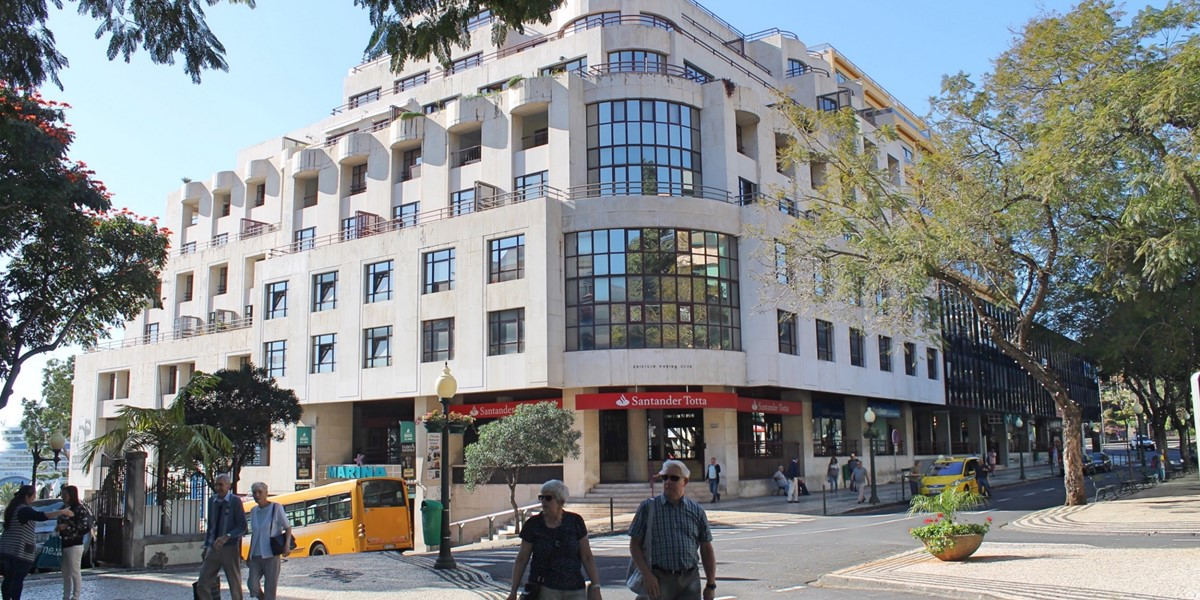 17 Petronella Marina Apartment Exterior Northeast