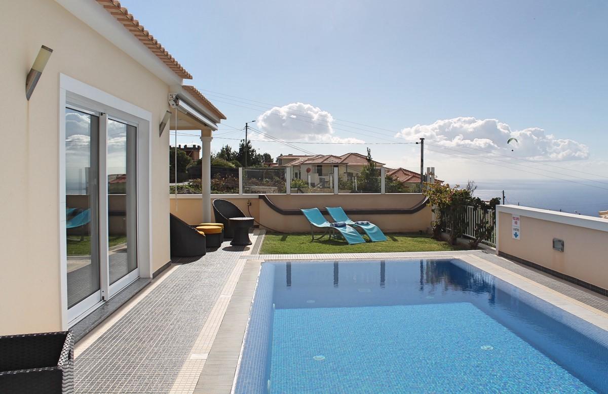 2 MHRD Villa Dilis Exterior 2