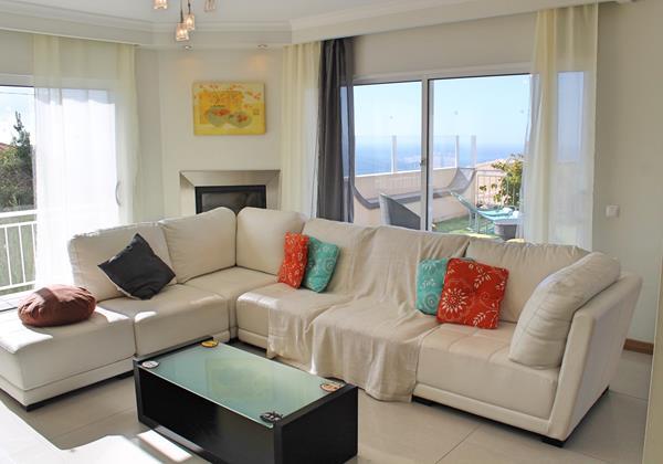 5 MHRD Villa Dilis Lounge