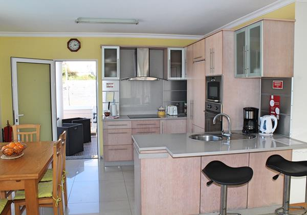 9 MHRD Villa Dilis Kitchen 2