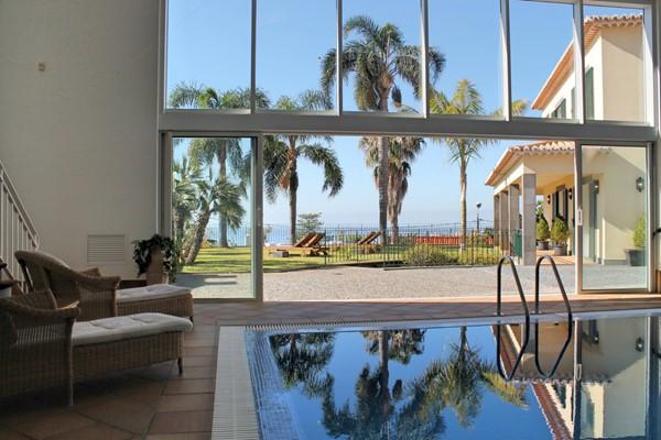 1 MHRD Villa Luzia Pool Exterior Mid Dk