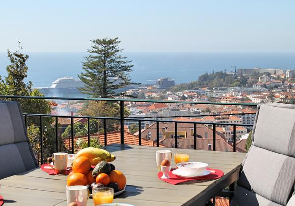 3 MHRD Villa Luzia Outdoor Eating View 3