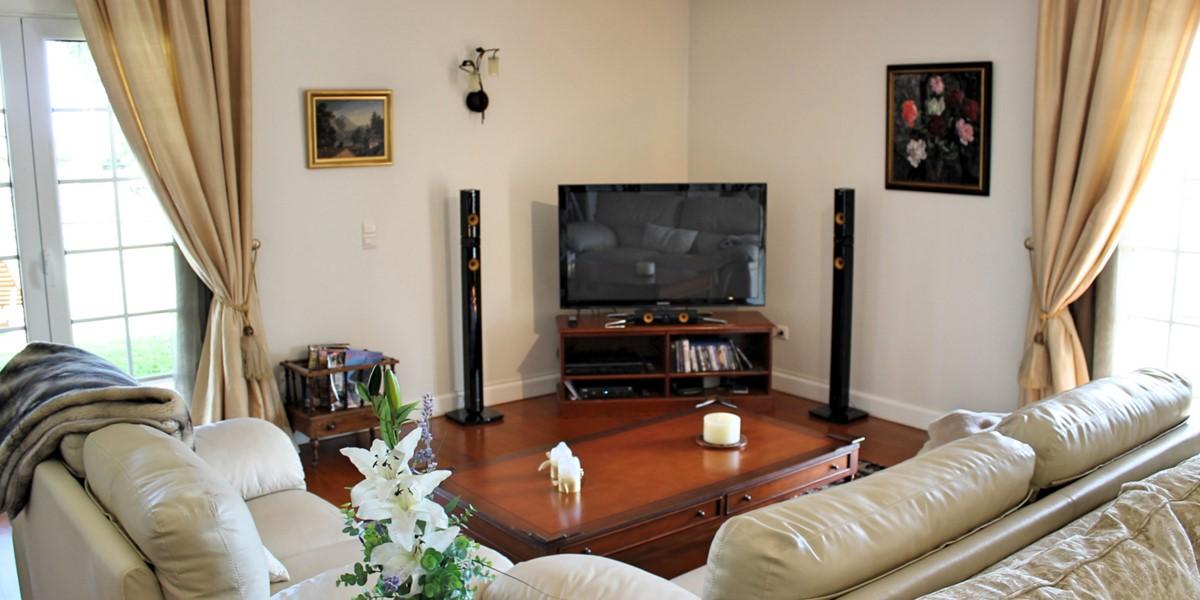 7 MHRD Villa Luzia Lounge TV Corner Lo