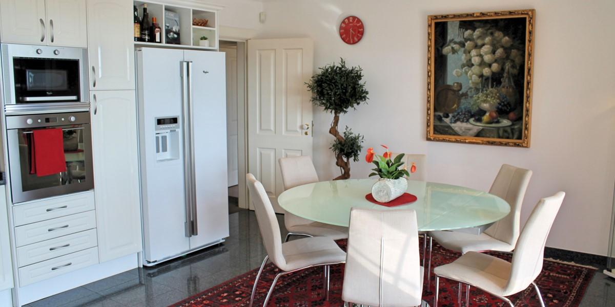 11 MHRD Villa Luzia Kitchen Interior 2