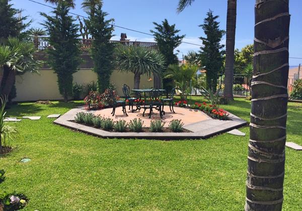 24 MHRD Villa Luzia Garden Feature