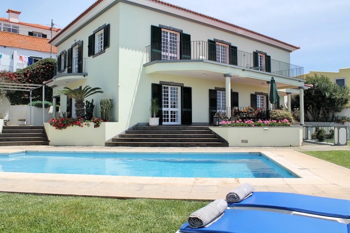 2 MHRD Villa Vista Sol Exterior Pool