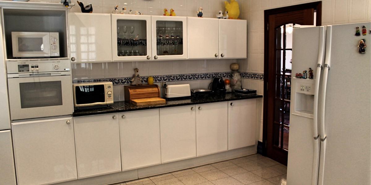 10 MHRD Villa Vista Sol Kitchen 2