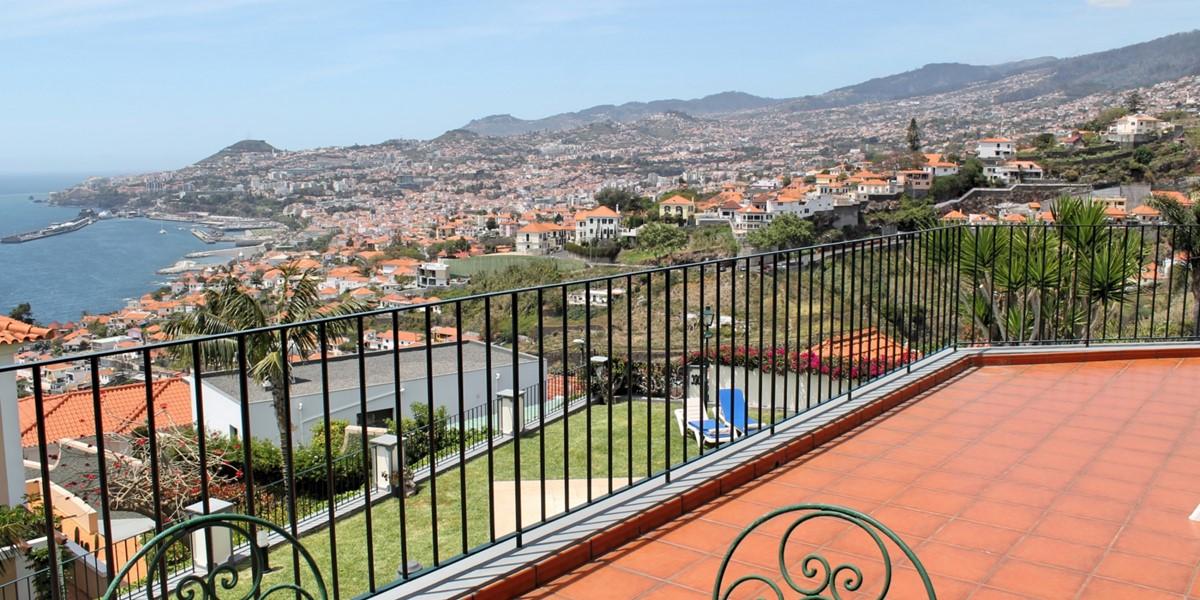18 MHRD Villa Vista Sol First Floor Balcony
