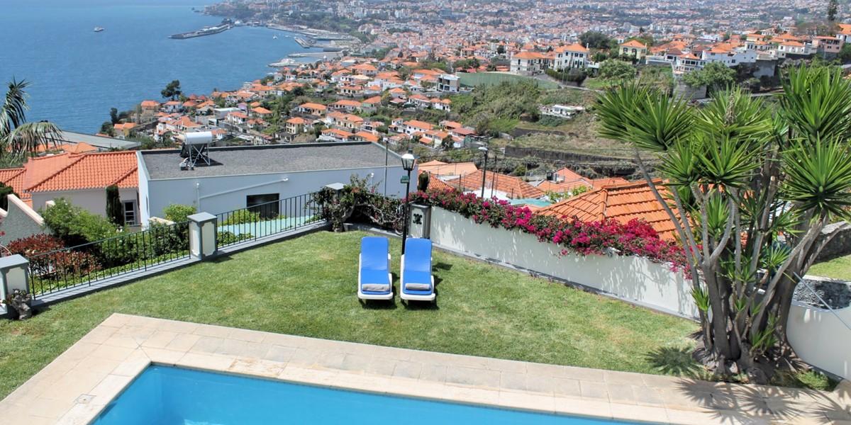 22 MHRD Villa Vista Sol Pool View