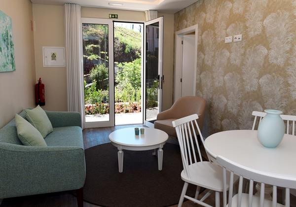 Our Madeira - Apartments in Madeira - Babosas Village Garden Apartment Living Room