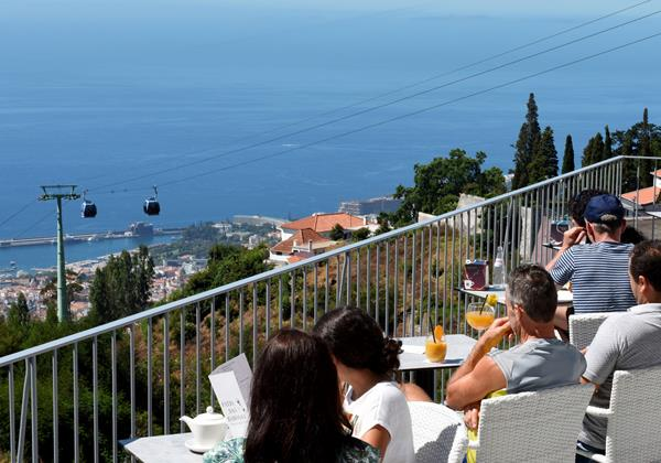 Our Madeira - Apartments in Madeira - Babosas Village Restaurant Terrace 2