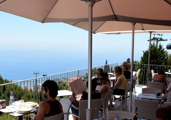 Our Madeira - Apartments in Madeira - Babosas Village Restaurant Terrace 3