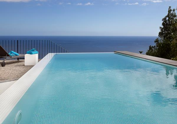 Our Madeira Villas in Madeira with Infinity Pool - Casa Do Julio