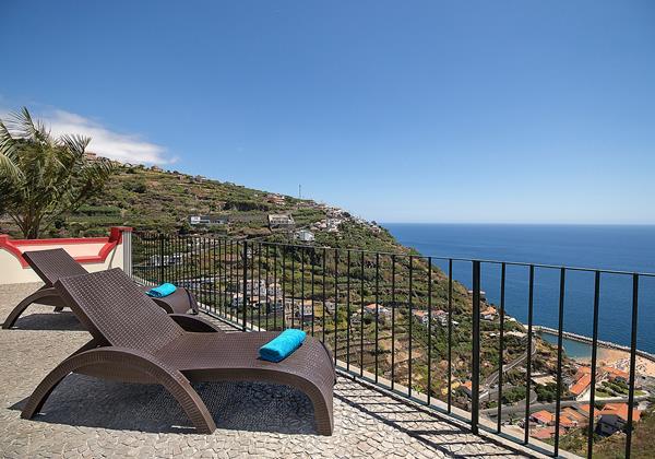 Our Madeira Villas in Madeira near the beach - Casa Do Julio and Calheta Beach