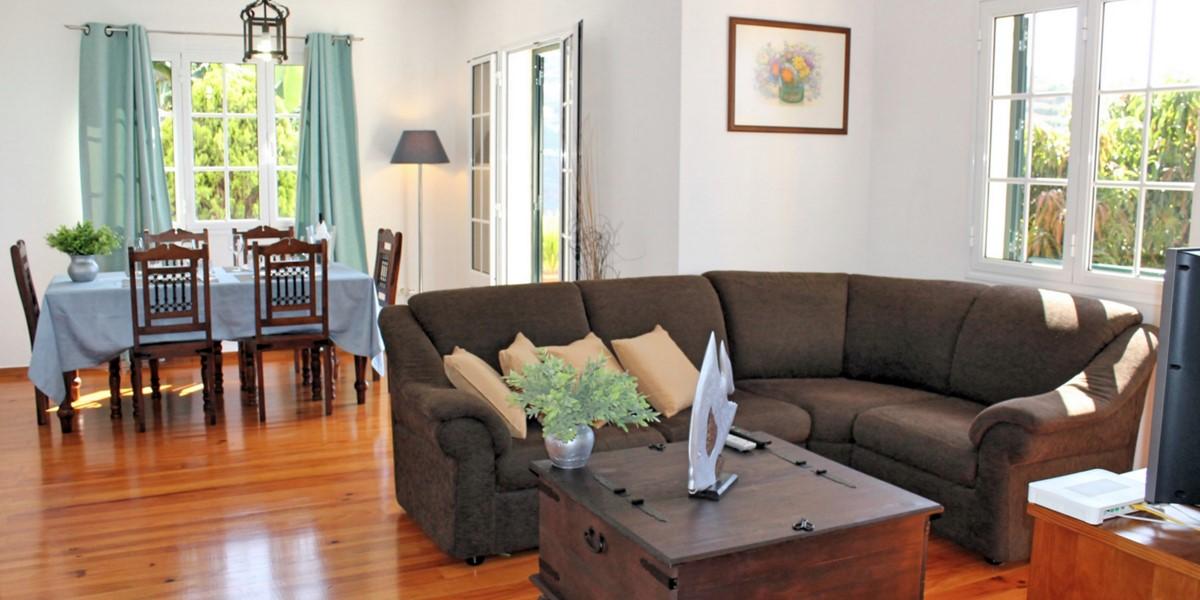 8 MHRD Casa Jardim Mar Living Dining