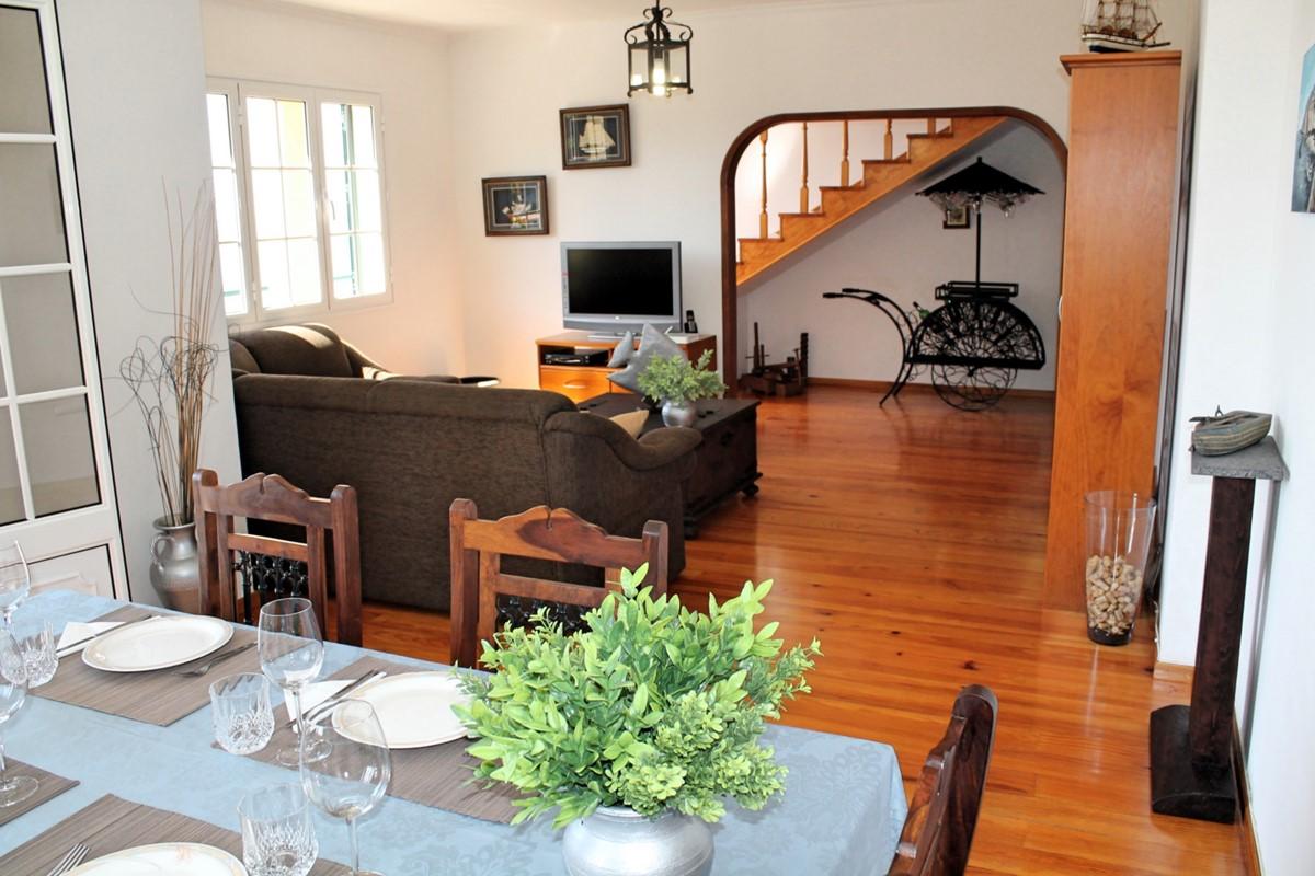 9 MHRD Casa Jardim Mar Dining Lounge 2