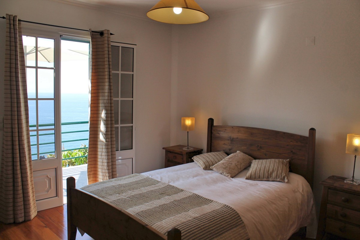 15 MHRD Casa Jardim Mar Master Bedroom