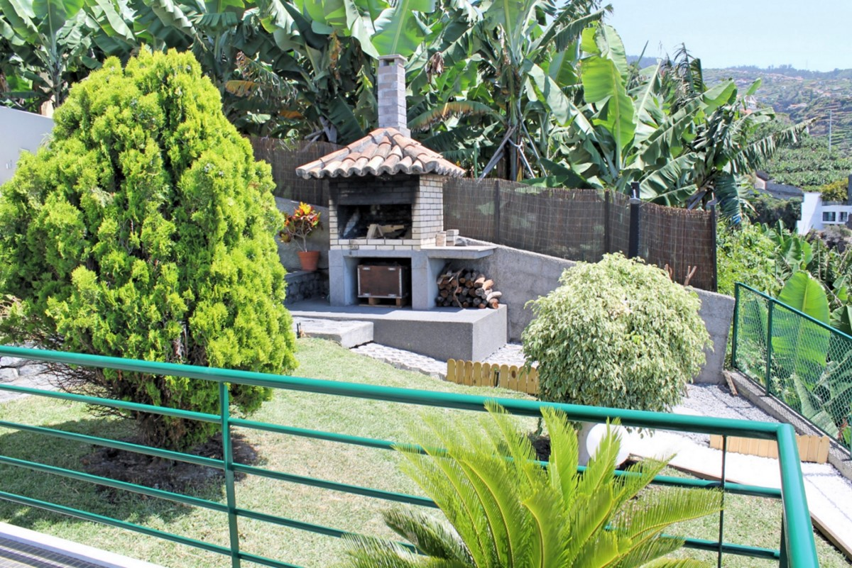 19 MHRD Casa Jardim Mar Barbecue