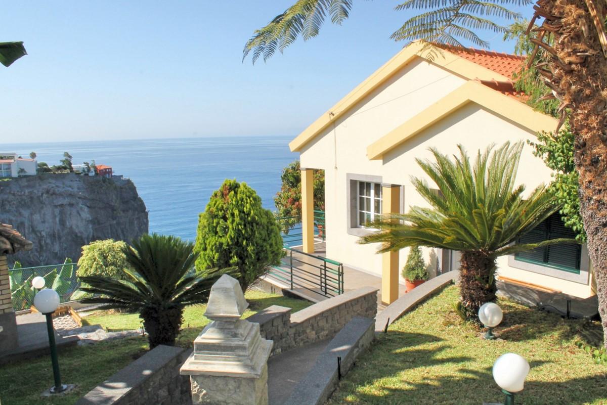 22 MHRD Casa Jardim Mar House Garden View