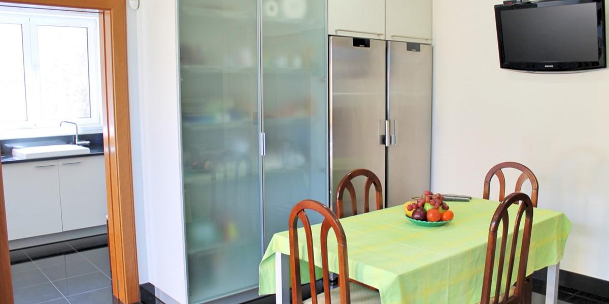 11 Our Madeira Bellevue Villa Kitchen Laundry