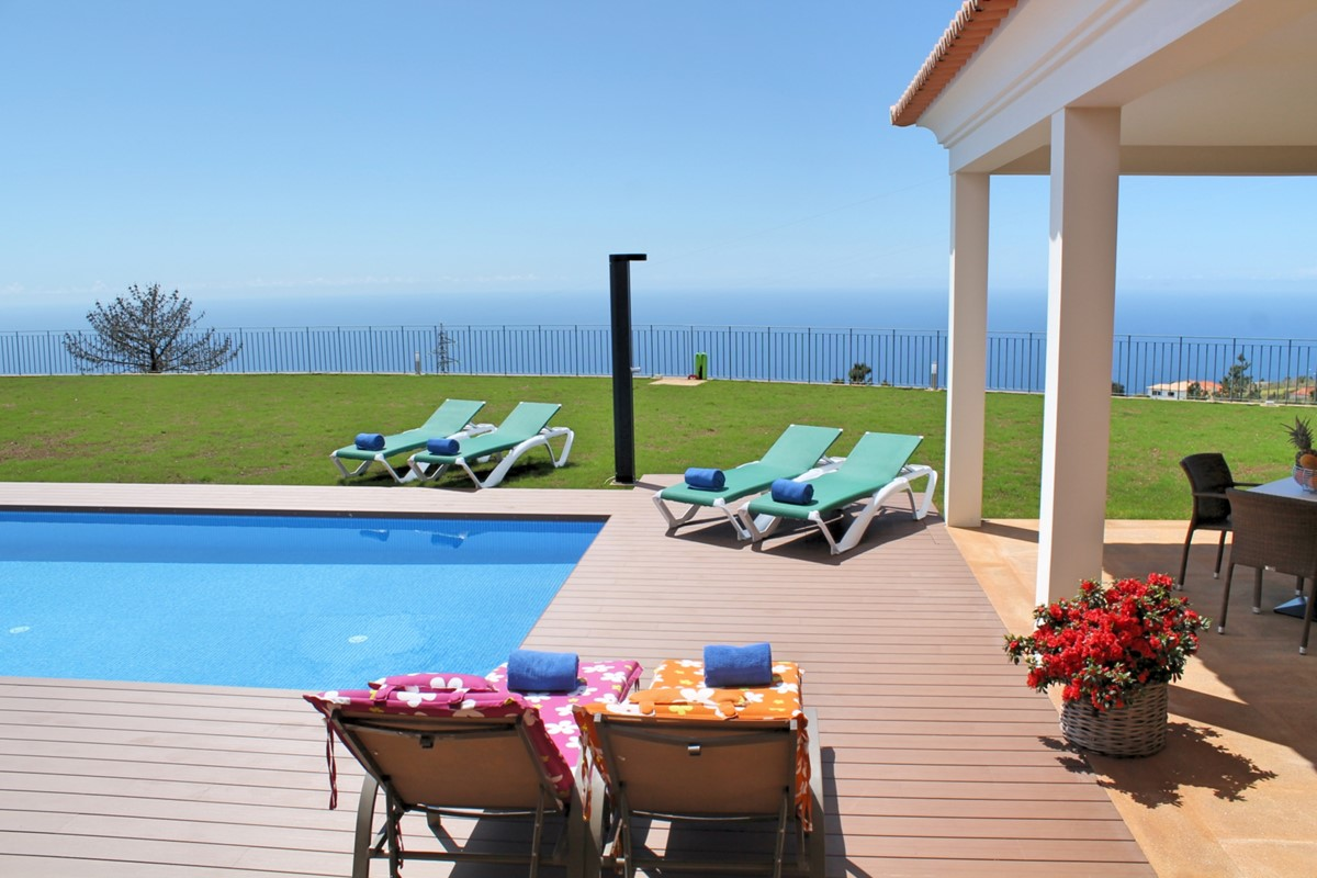 22 Our Madeira Bellevue Villa Ext Pool Terrace View