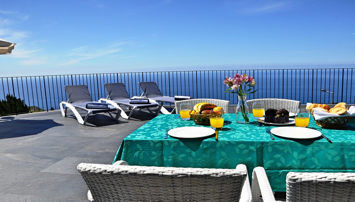 4 Our Madeira Eden Nature Outdoor Dining View