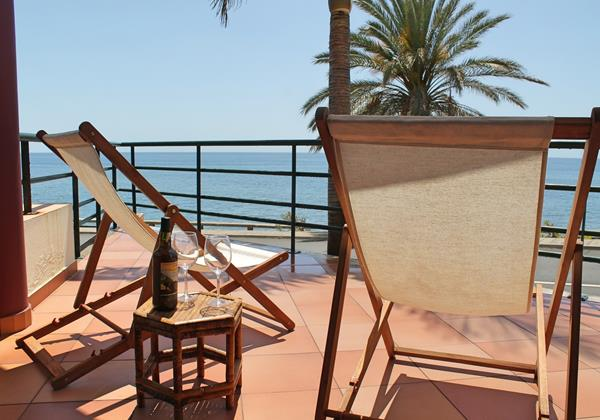 Our Madeira - Apartments in Madeira - Atlantic View Balcony And View