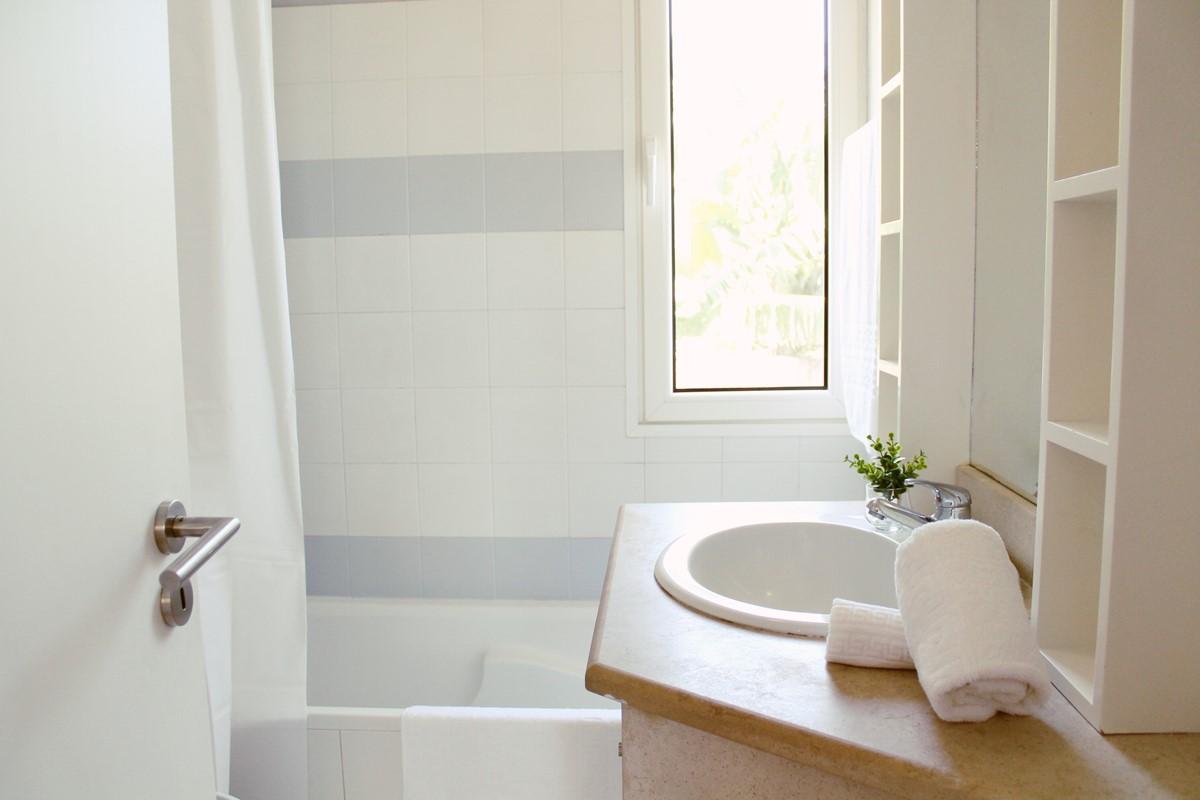 13 Our Madeira Atlantic View Bathroom