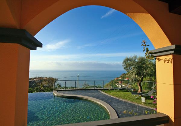 Our Madeira Villas in Madeira with Private Pool and Seaview Quinta Girassol Exterior