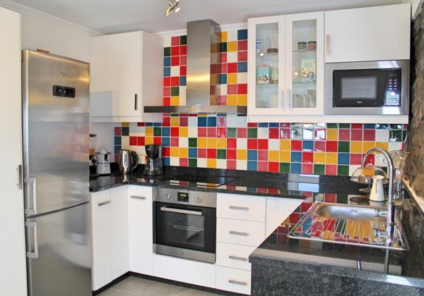 12 MHRD Casa Das Orquideas Kitchen