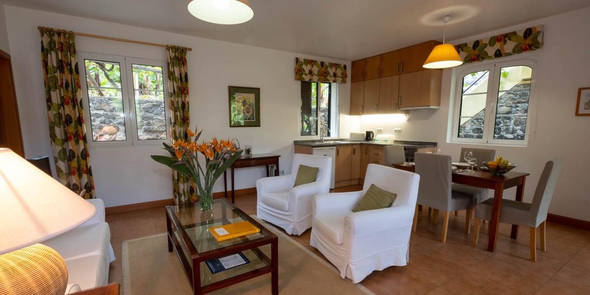 10 Our Madeira Casa Das Vinhas Living Room